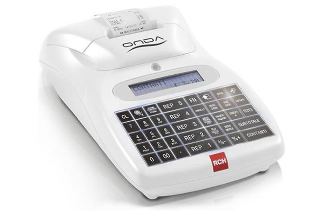 Il registratore di cassa RCH Onda R è la soluzione pratica ed affidabile per chi cerca uno strumento completo e compatto. Con il nuovo restilyngintroduce la tastiera retroilluminata, novità nel mondo dei Registratori di Cassa.
