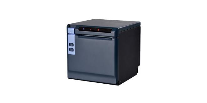 La nuovissima stampante termica serie POS 80D è estremamente performante e versatile, le dimensioni molte ridotte di appena 13 cm per lato ne consentono l'agevole installazione in poco spazio.