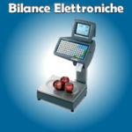 Bilance elettroniche di forme diverse collegabili al computer, per supermercati, per macellerie e salumerie.
